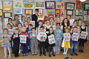 В Ишимбае к 135-летию Корнея Чуковского провели конкурс детских рисунков и  ...