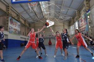 В Ишимбае соревнуются юные баскетболисты