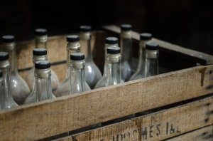 В Ишимбае у подпольного торговца спиртным изъяли 260 литров суррогата