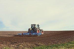 В хозяйствах Ишимбайского района близятся к завершению весенне-полевые рабо ...