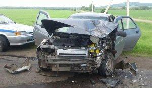 В Башкирии столкнулись два ВАЗа: водители в больнице, пассажиры травмированы