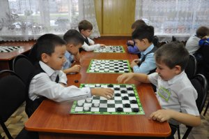 В Ишимбае подвели итоги первенства района по русским шашкам среди воспитанников учреждений дошкольного воспитания