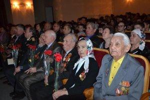 В Ишимбае провели мероприятие, посвященное 75-й годовщине разгрома немецко- ...