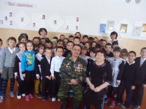 В Ишимбайском районе учащиеся встретились  с воином-интернационалистом