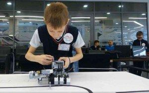 Юные робототехники из Ишимбая отличились в Казани
