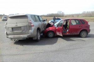На трассе в Башкирии погиб ребенок, второй - получил травмы
