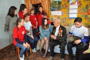 Юные ишимбайцы в канун Дня Великой Победы встречаются с участниками Великой ...