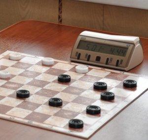 Ишимбайцы успешно выступают на состязаниях по шашкам