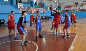 В Ишимбае прошел зональный этап чемпионата школьной баскетбольной лиги «КЭС ...