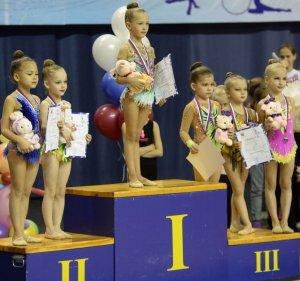 Юные гимнастики из Ишимбая – призеры «Зимней мелодии»