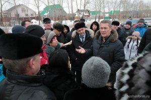 Радий Хабиров пообещал газифицировать микрорайон Юрматы-2 в Ишимбае и помоч ...