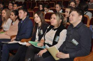 Представителей активной молодежи приглашают на встречу с Радием Хабировым