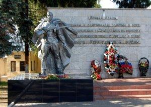 Инициаторы создания мемориала участникам ВОВ в деревне Столяровке уточняют  ...