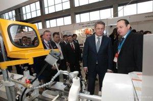 Радий Хабиров дал свой прямой мобильный телефон крупным промышленникам Башк ...