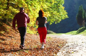 Прогулки в 10 тысяч шагов снизят риск смертности