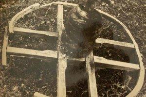 Житель Башкирии передал в музей древнюю находку Антоновой скалы