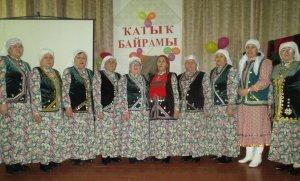 В микрорайоне Смакай организовали праздник для женщин